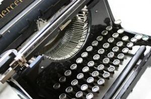 typewriter-small